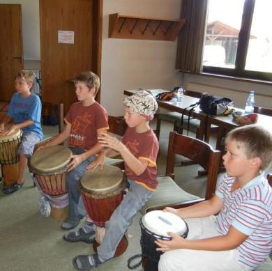 Pötzl Mühle - Musik und Bewegung mit Kindern